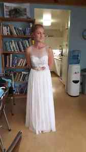 Beautiful Sheath Wedding Dress size 4