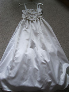 Camisole bodice with sequins and ties, satin wedding dress