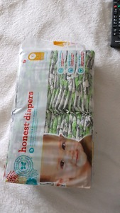 Diapers size 1 from Honest company