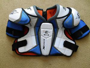 Easton Synergy Extreme Shoulder Pads - Sr. Large