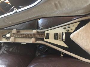 Gibson Flying V with original hardshell case