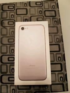 IPHONE 7 32GB (unlocked)