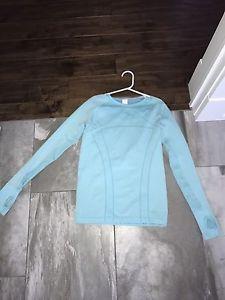 Ivivva blue long sleeve size 12, brand new