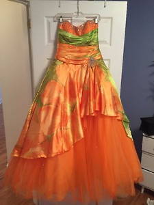 Mori Lee Prom Dress, size