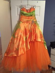 Mori Lee Prom Dress, size