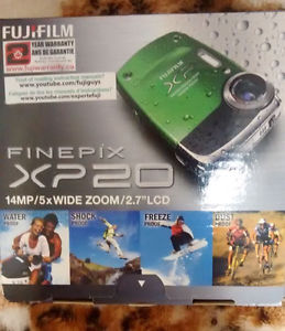 NEW IN BOX WATERPROOF CAMERA FINEPIX-XP20 WITH ACCESSORIES