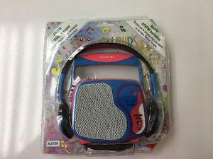 Selling NEW in Plastic am/fm radio for kids