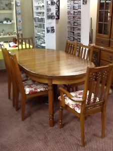 solid oak complete dinning room set