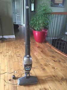 2 in 1 Electrolux Vacuum