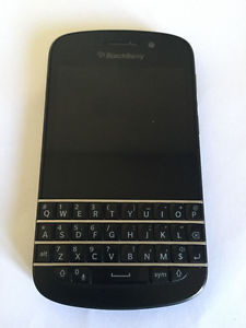 Blackberry Q5 and Q10 Mint condition