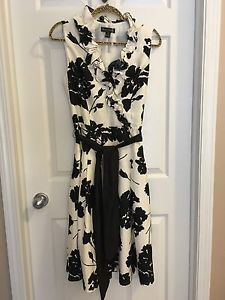Brand New Jessica Howard Floral Print Dress Size 12