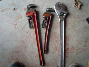 Crescent and pipe wrench