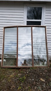 Free bay window