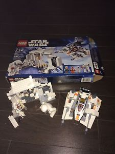 Lego Star Wars hoth set, excellent shape in box,
