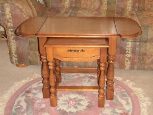 Maple Coffee Table With Nesting End Table