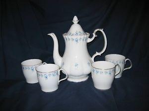 Royal Albert - Memory Lane - Coffee Pot & Coffee Mugs