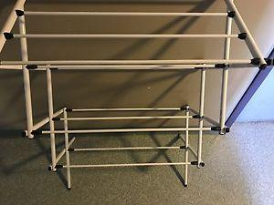 a three-layer clothes hanger