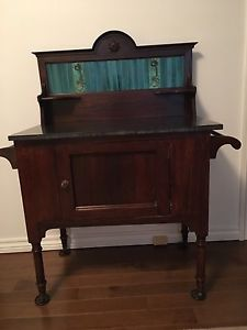 Antique washstand / side table.
