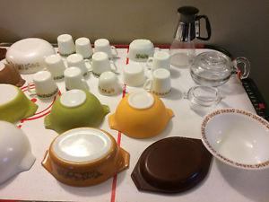 Antique/Vintage Pyrex miscellaneous lot