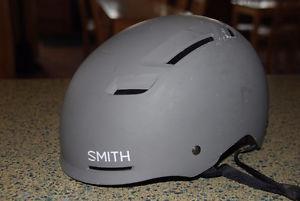 BMX/Bike Helmet Smith Axle size M cm matte cement