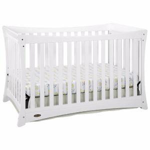 BRAND NEW - Graco Tatum 4 in 1 White Crib - 40% off new