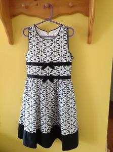Black & White dress, size 8