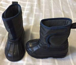 Boys GAP winter boots size 7