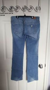 Guess jeans size 28, like new!!