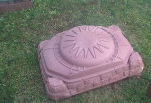 Large Sandbox in good condition