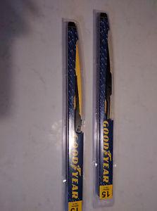 "NEW.Pair of Wiper blades 15"""