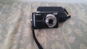 Nikon COOLPIX L22 Camera