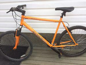 Norco 21 speed mountain bike, (26 Inch tires)