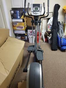 NordicTrack elliptical E7.3 3 in 1 cross trainer
