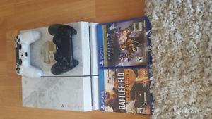 PS4 Destiny Edition - 2 Controllers + 2 Games