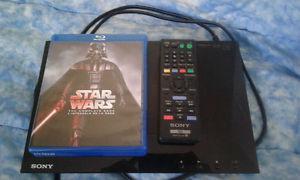STAR WARS Complete saga + blu ray player