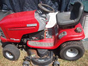 Sears Craftsman lawn Tractor