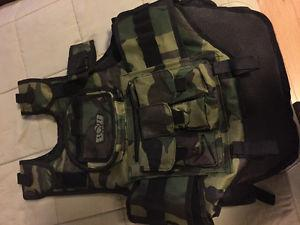 Tactical paintball vest with pods and lots of pockets fits