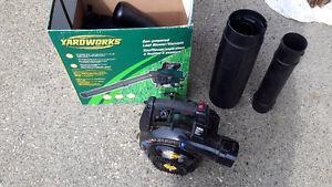 Yardworks gas powered leaf blower