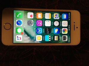 iPhone 5s mint condition with bell 120$ firm