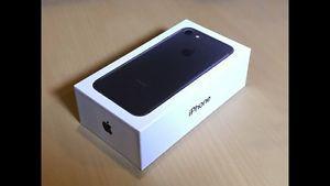 BLACK iPhone 7 32GB BNIB
