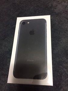 IPhone 7 unlocked Sealed