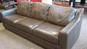 Leather brown sofa / couch (Possible delivery)