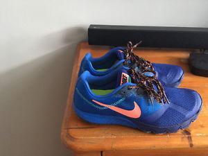 NEW women's Nike Running Shoes