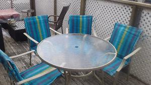 Patio Table and 4 Chair Set with cushions