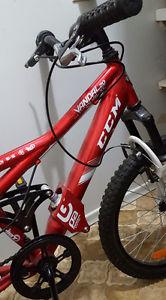 bike $140 obo with free helmet and bike lock