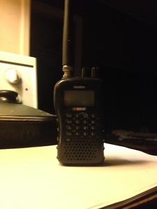 uniden bc72xlt scanner (police, ambulance, fire dept.)