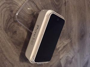 Apple iPhone 5C - White / 16GB