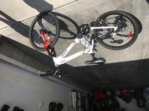 CCM static mountain bike