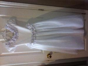 Girls holy communion dress