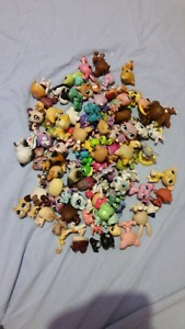 LPS - Littlest Pet Shop Figurines